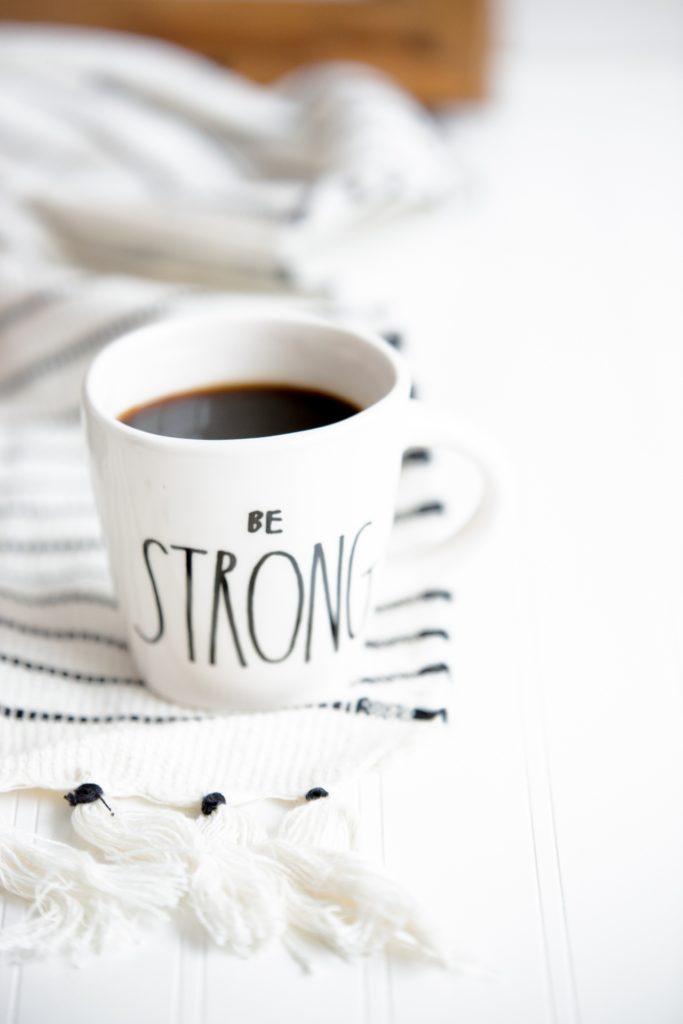 kubek be strong kawa mocne strony poranek