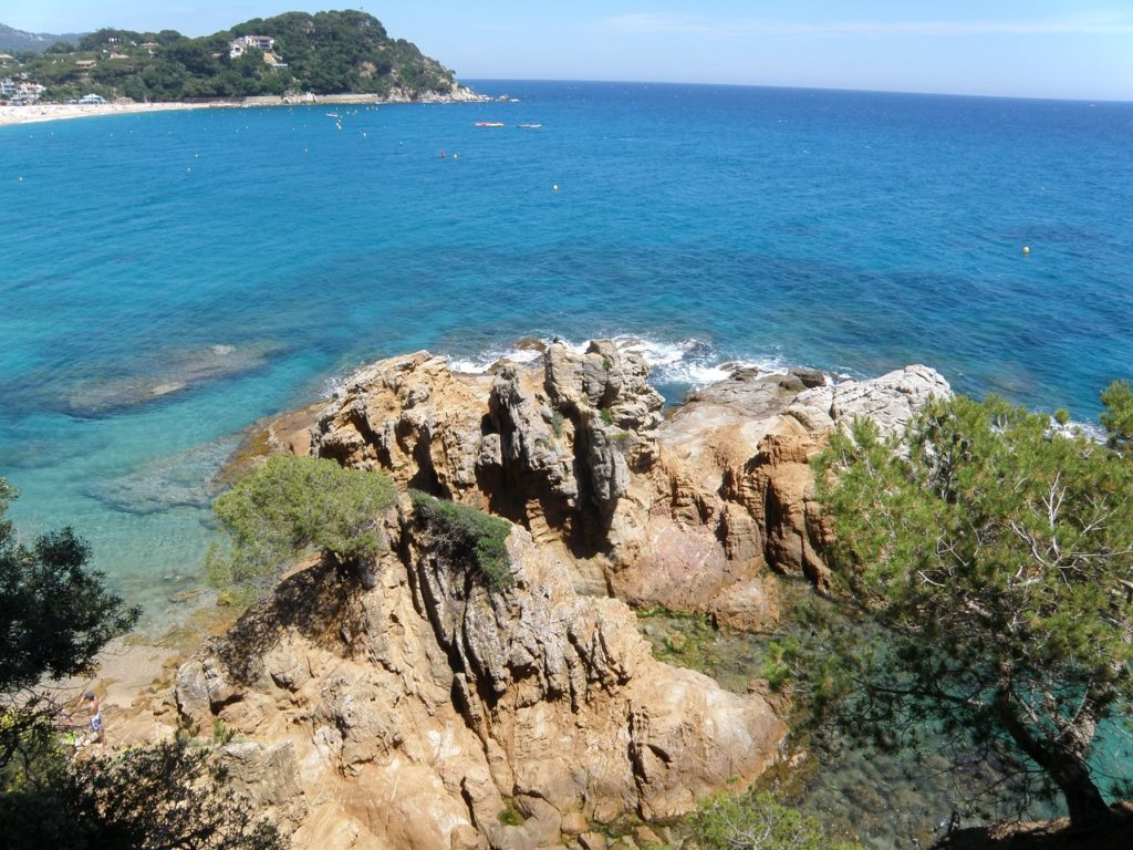 Costa Brava. Lloret de Mar skaliste wybrzeże Hiszpania