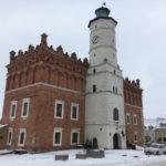 Ratusz w Sandomierzu rynek zimowa odsłona Sandomierza
